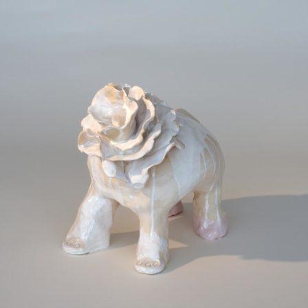 ELEPHANT CHOU,  céramique,  26 x 30 x 19 cm