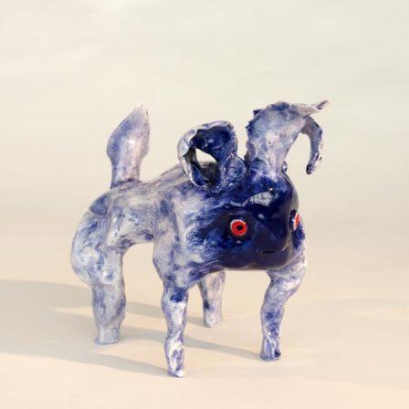 GAZELLE BLEUE,  céramique,  19 x 20 x 14 cm