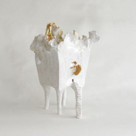 REVE D'UNE VIE MEILLEURE,  céramique émaillée,  41 x 25 x 25 cm